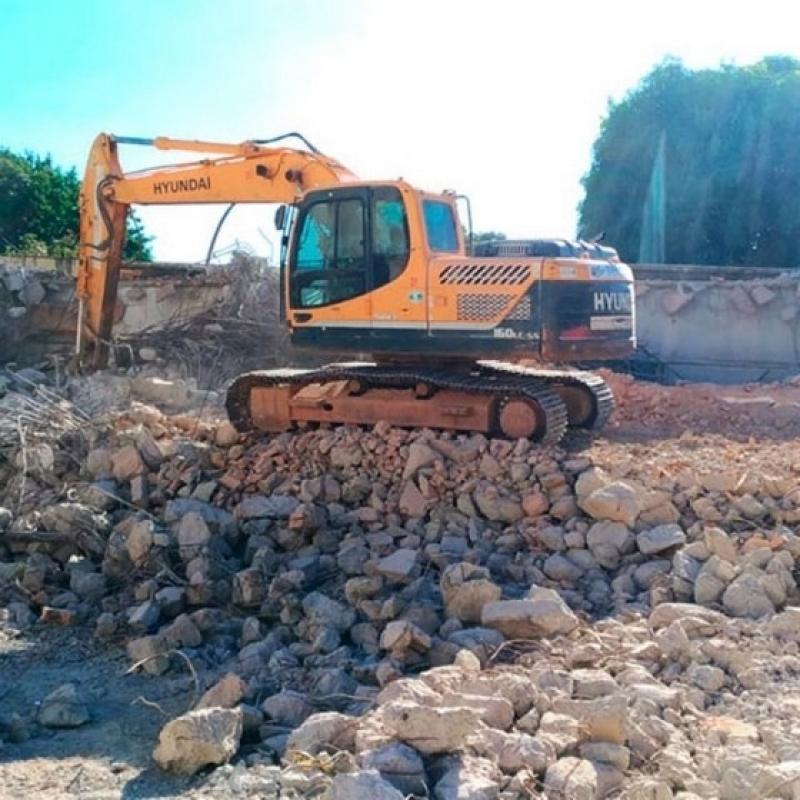 Demolição com Retroescavadeira Vila Buarque - Demolição de Galpão