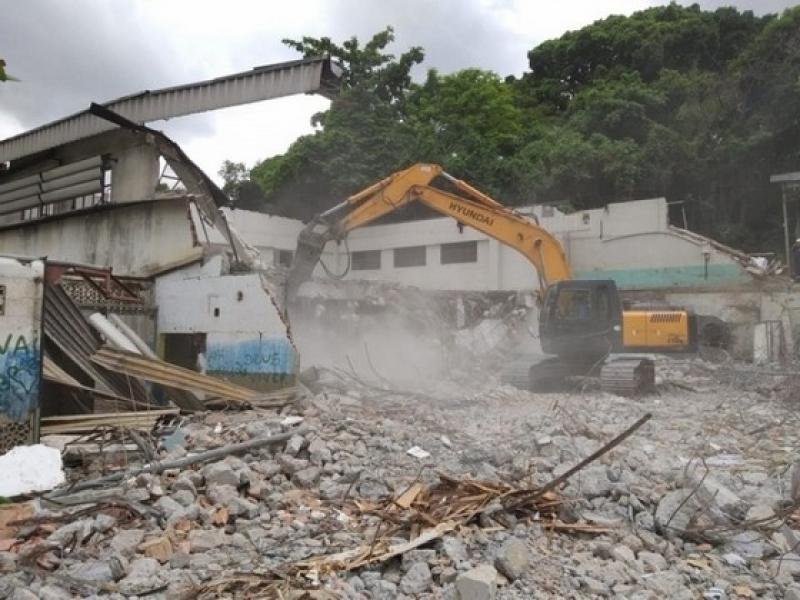 Demolição Controlada Araraquara - Demolição de Galpão