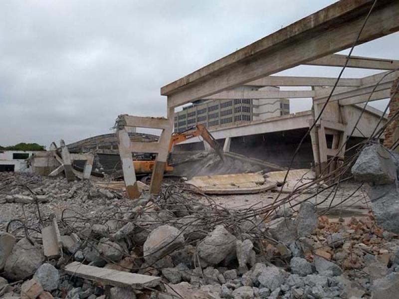 Empresa para Demolição Alvenaria Araras - Demolição de Galpão