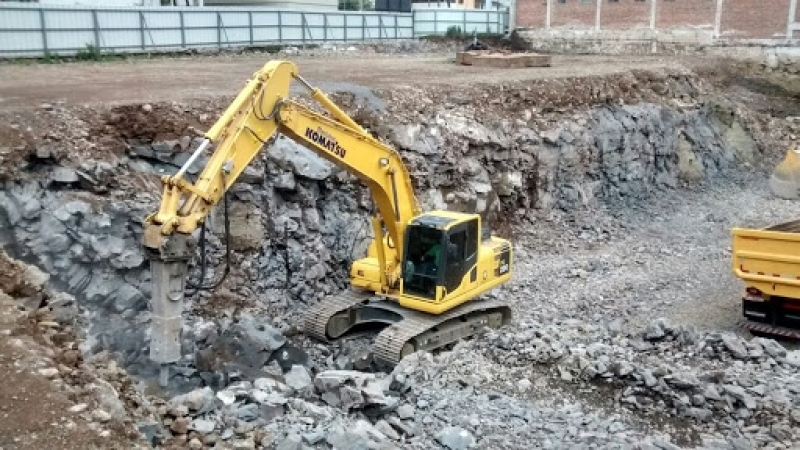Empresa para Demolição de Piso Mairiporã - Demolição de Galpão
