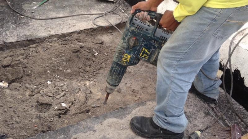 Serviço de Demolição com Martelete Região Central - Demolição de Galpão