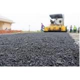 serviço de asfaltamento das vias laterais Santa Cecília